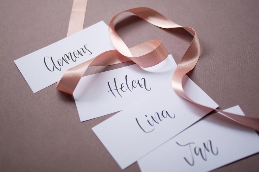 Namenskarten-Hochzeit-Brushtypo-modern-1000px