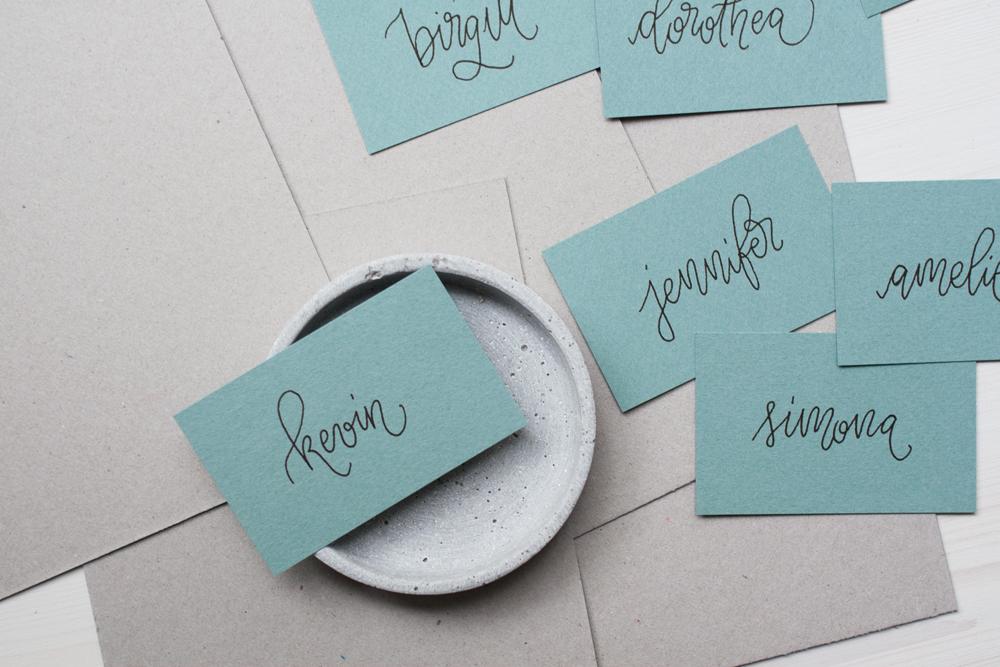 Namenskarten-Hochzeit-Monoline-schwarz-gruen-mehrere-1000px