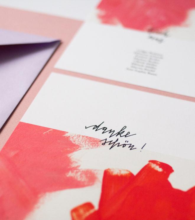 Pastellfarbene Dankeskarte mit modernem Kalligrafie Schriftzug