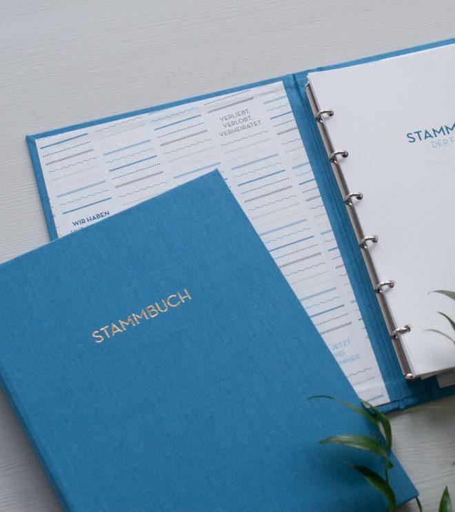 Besonderes Stammbuch mit Leineneinband in Graublau