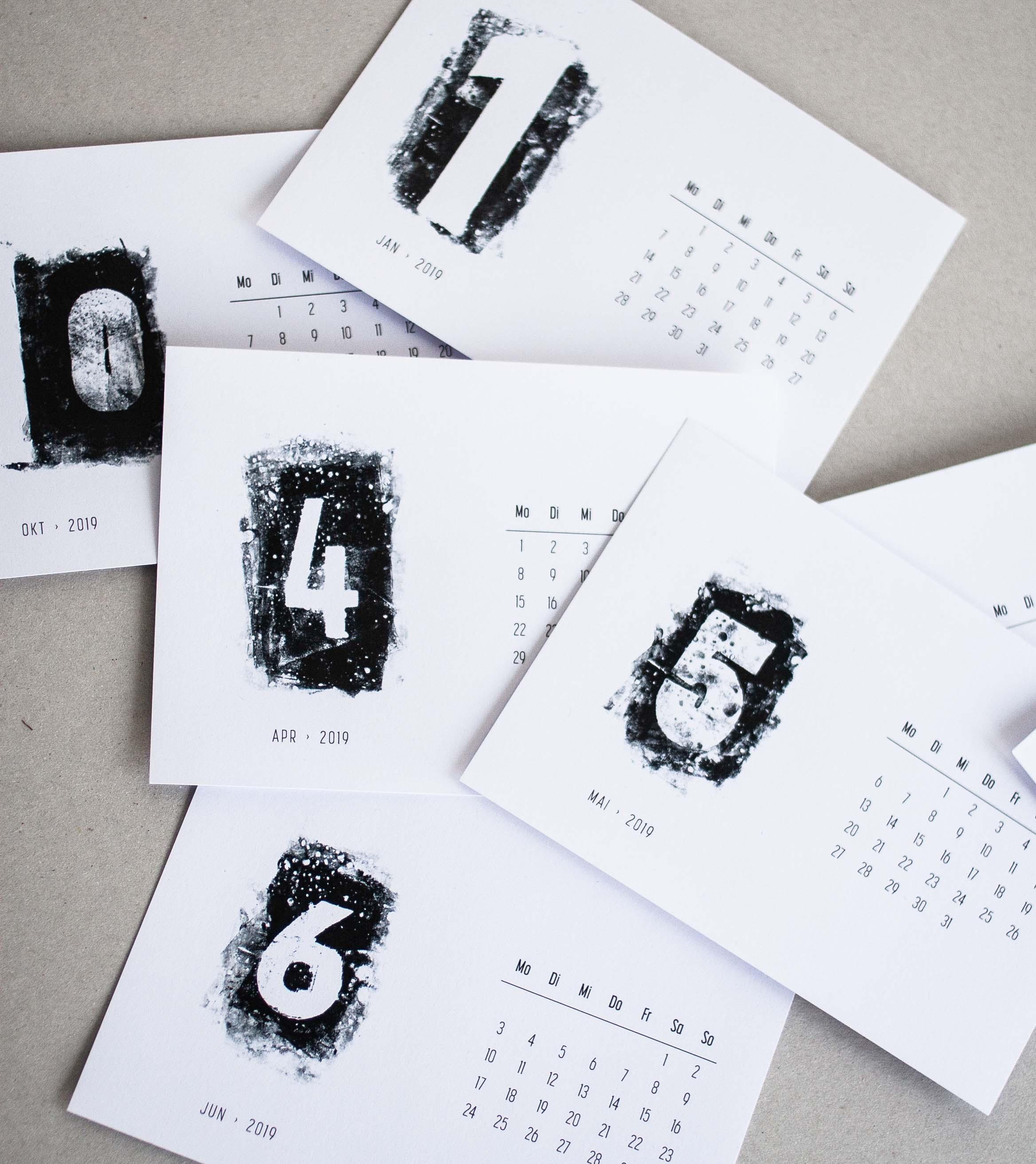 Schwarz-weiss Kalender Printable DIY