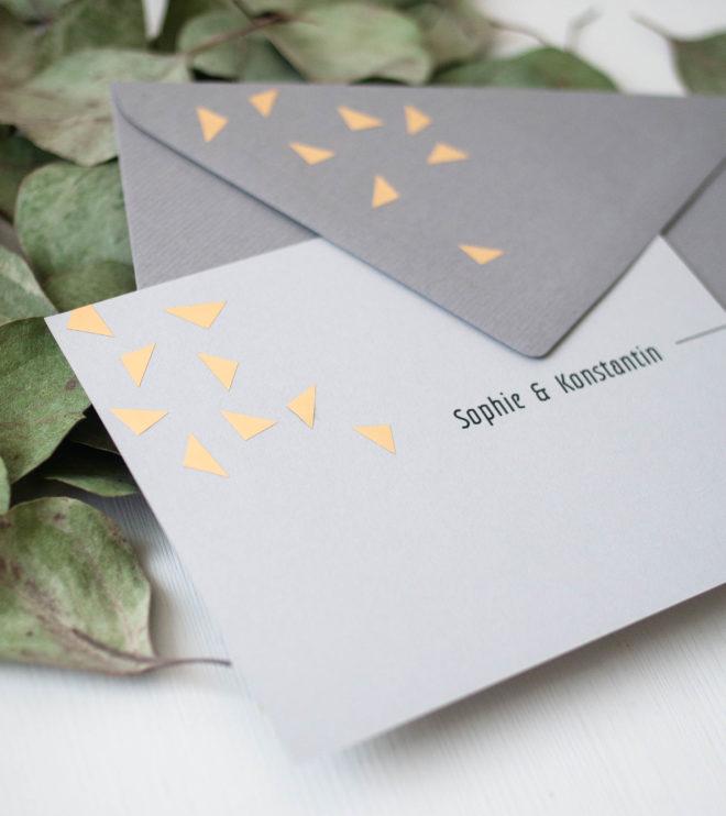 Gold auf Hochzeitseinladung