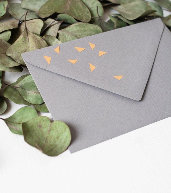 Umschlag mit Goldfolie